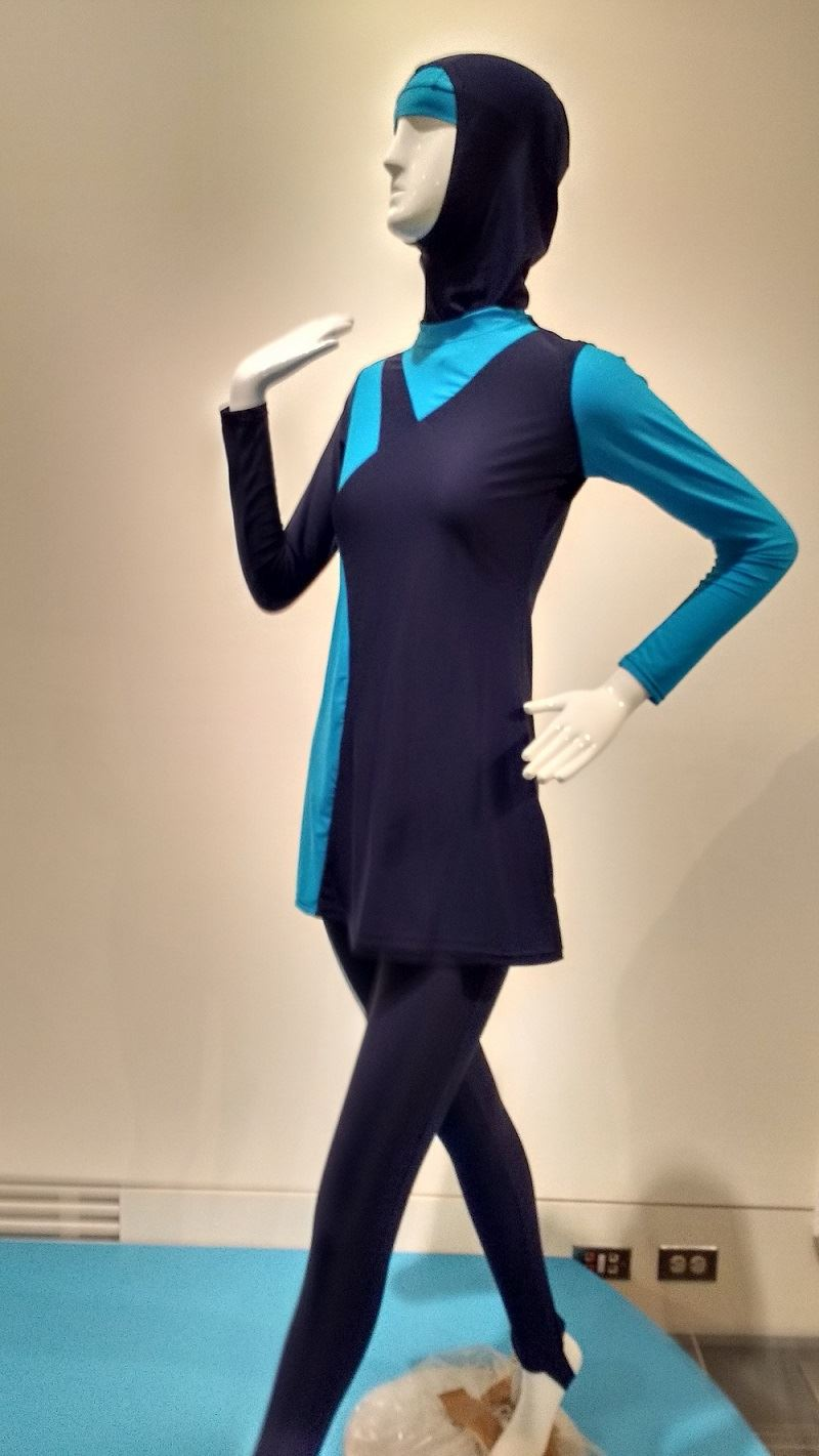 baju olahraga muslimah contoh