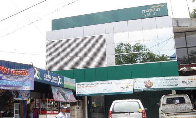 lembaga keuangan syariah bank