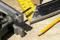 perbedaan peralatan dan perlengkapan