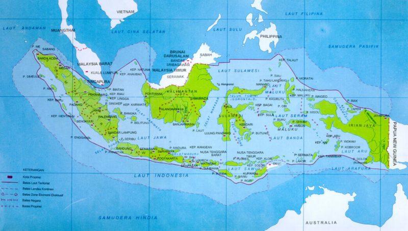 Keuntungan geografis Indonesia diapit 2 benua dan 2 samudera