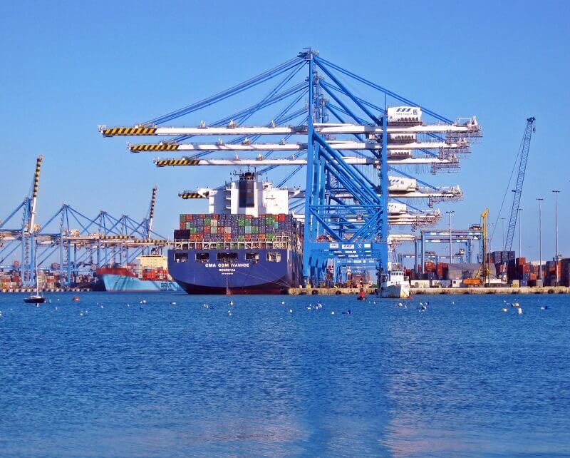 pengiriman luar negeri dengan kapal laut